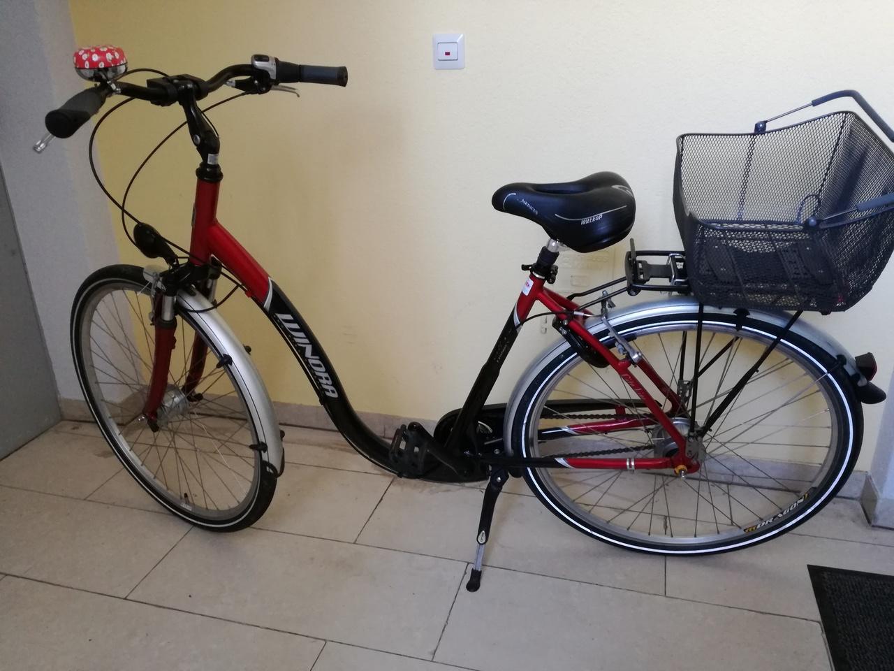 tolles damenrad city bikes winora fahrr der. Black Bedroom Furniture Sets. Home Design Ideas